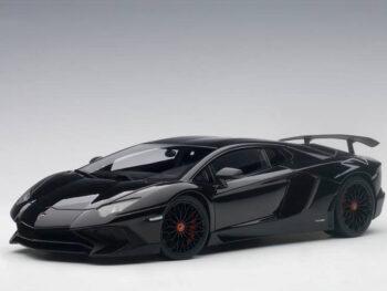AUTOart 74556 Lamborghini Aventador LP750-4 SV 1:18 Nero Aldebaran / Gloss Black