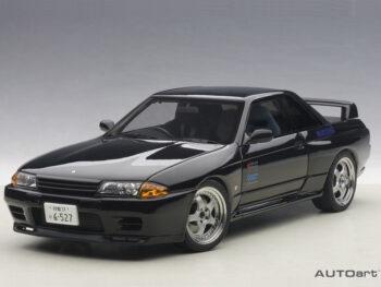AUTOart 77419 Initial D Legend 2 Nissan Skyline GT-R R32 V-Spec II 1:18 Black