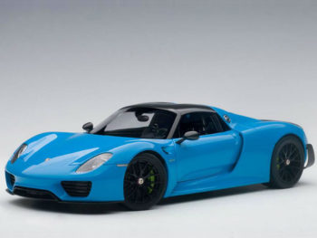 AUTOart 77924 Porsche 918 Spyder Weissach Package 1:18 Riviera Blue