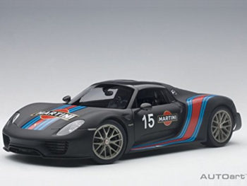 AUTOart 77929 Porsche 918 Spyder Weissach Package 1:18 Black / Martini Livery