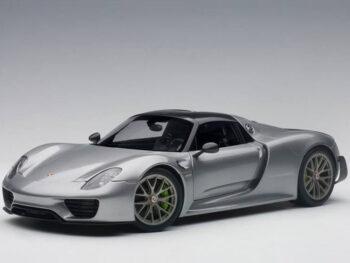 AUTOart 77925 Porsche 918 Spyder Weissach Package 1:18 Silver Metallic