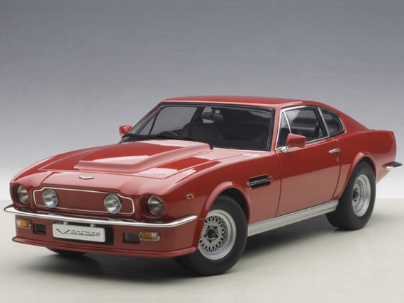 AUTOart 70222 1985 Aston Martin V8 Vantage 1:18 Suffolk Red