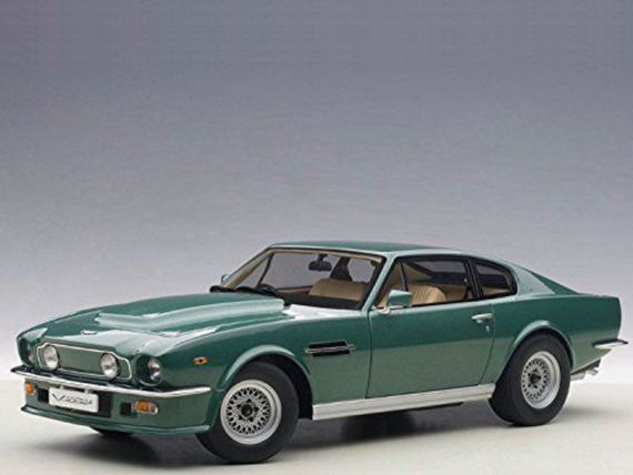 AUTOart 70224 1985 Aston Martin V8 Vantage 1:18 Forest Green