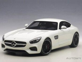 AUTOart 76311 Mercedes Benz AMG GT S 1:18 Designo Diamond White