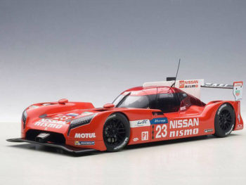 AUTOart 81578 Nissan GT-R LM Nismo LeMans 2015 O. Pla, J.Mardenborough #23 1:18 Red