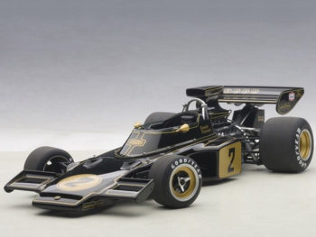 AUTOart 87329 Lotus 72E 1973 Ronnie Peterson #2 1:18 Black