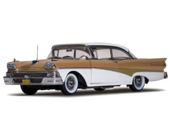 Sun Star 5284 Platinum Series 1958 Ford Fairlane 500 Hard Top 1:18 Palomino Tan