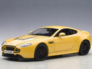 AUTOart 70252 2015 Aston Martin V12 Vantage S 1:18 Yellow Tang