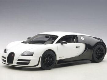 AUTOart 70933 Bugatti Veyron Super Sport Pur Blanc 1:18 Black White
