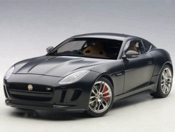 AUTOart 73652 2015 Jaguar F-Type R Coupe 1:18 Matte Black