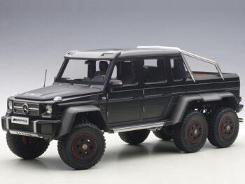 AUTOart 76302 Mercedes Benz G63 6x6 1:18 Black