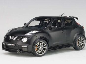 AUTOart 77458 Nissan Juke R 2.0 1:18 Matte Black