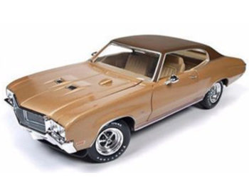 Autoworld Amm1105 Hemmings Muscle Machines 1970 Buick Skylark GS 1:18 Gold