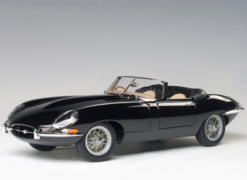 AUTOart 73605 Jaguar E Type Roadster Series I 3.8 1:18 Black