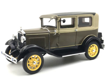 Sun Star 6103 1931 Ford Model A Tudor 1:18 Chicle Drab / Sand