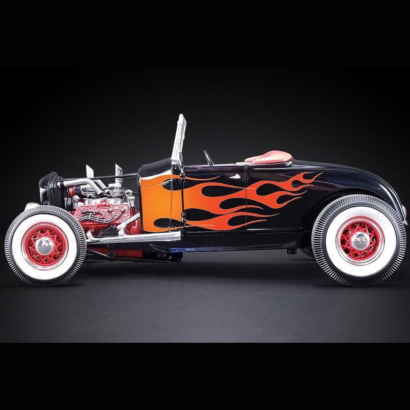 Acme A1804002 Hot Rod 1932 Ford 1:18 Black With Flames