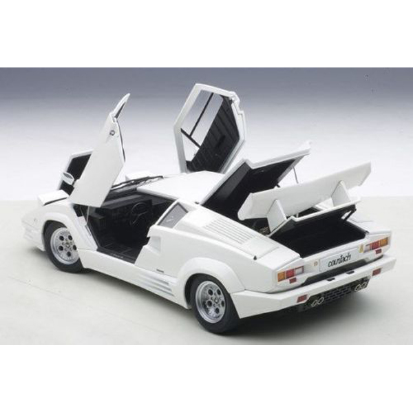 Autoart 74537 Lamborghini Countach 25th Anniversary Edition 1 18