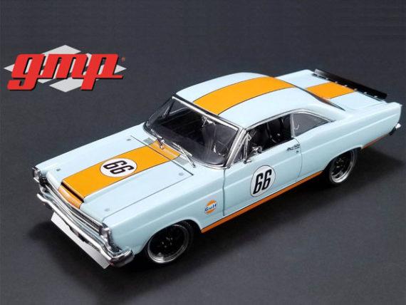 GMP 18858 1967 Ford Fairlane Gulf Oil #66 1:18 Light Blue