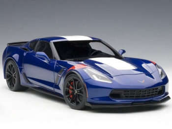 AUTOart 71275 Chevrolet Corvette Grand Sport 1:18 Admiral Blue White / Red Stripes
