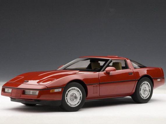 AUTOart 71241 1986 Chevrolet Corvette 1:18 Bright Red