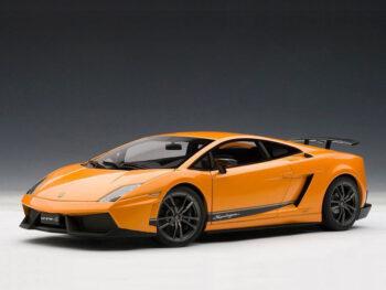 AUTOart 74656 Lamborghini Gallardo LP570-4 Superleggera 1:18 Metallic Orange