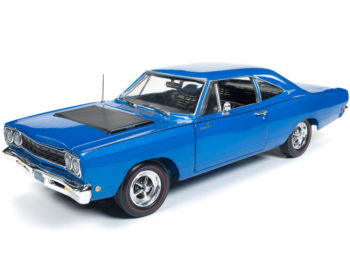 Autoworld Amm1125 Class of 68 1968 Plymouth Road Runner 1:18 Blue