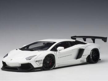 AUTOart 79105 Liberty Walklb Works Lamborghini Aventador 1:18 white