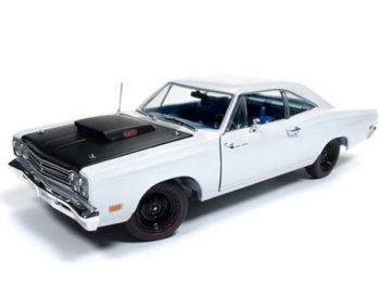 Autoworld Amm1147 1969 1/2 Plymouth Road Runner 1:18 White