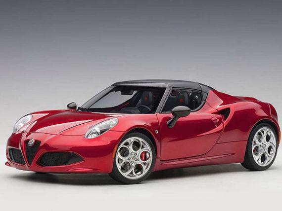 AUTOart 70142 Alfa Romeo 4C Spider 1:18 Competition Red