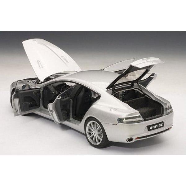 AUTOart 70217 Aston Martin Rapide 1:18 Silver » BT Diecast