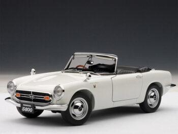 AUTOart 73278 1966 Honda S800 Roadster 1:18 White