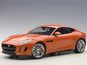 AUTOart 73653 2015 Jaguar F-Type R Coupe 1:18 Firesand Metallic Orange