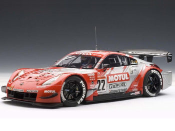 AUTOart 80486 Motul Pitwork Nissan Z 2004 JGTC Team Champion #22 1:18 Red Silver
