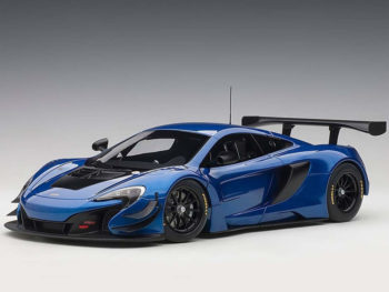 AUTOart 81641 McLaren 650S GT3 1:18 Azure Blue with Black Accents