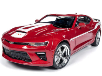 Autoworld AW246 2017 Chevrolet Camaro Coupe Yenko 1:18 Red