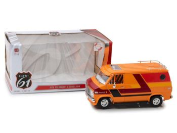 Highway 61 18012 1976 Chevrolet G10 G Series Van 1:18 with Custom Graphics Orange