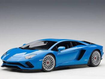 AUTOart 79134 Lamborghini Aventador S 1:18 Blu Nila / Pearl blue