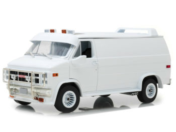 Greenlight 13522 1983 Gmc Vandura Custom Van 1:18 White
