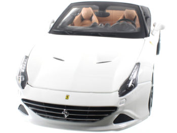 Bburago 18-16904 Signature Series Ferrari California T Open Top 1:18 White