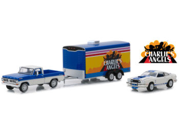 Greenlight 31070 A Hitch & Tow Charlie's Angels Ford F-100 & Ford Mustang 1:64 Set