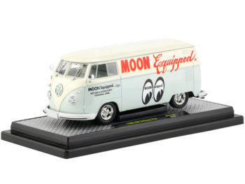 M2 40300 Moon 02 A Mooneyes 1960 VW Volkswagen Delivery Van 1:24 Moon Equipped
