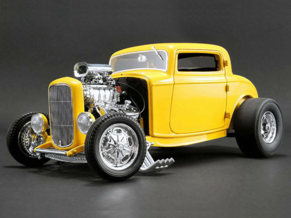Acme A1805015 1932 Ford Blown 3 Window Deuces Wild 1:18 Yellow