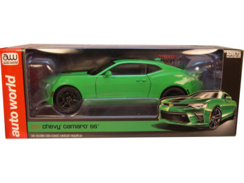 Autoworld AW224 2017 Chevrolet Camaro SS 1:18 Green