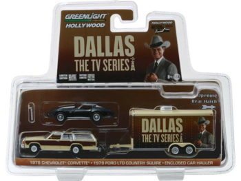 Greenlight 31070 C Hitch & Tow Dallas Ford Country Squire & Chevy Corvette C3 1:64 Set