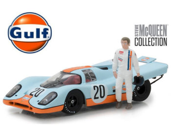Greenlight 86435 Porsche 917K #20 Gulf Oil 1:43 with Steve McQueen Figure Light Blue
