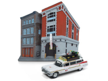 Johnny Lightning JLSP031 Ghostbusters 1959 Cadillac Ecto-1A 1:64 with Firehouse