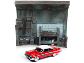 Johnny Lightning JLSP032 Christine 1958 Plymouth Fury 1:64 with Garage Resin Facade