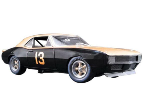 Gmp 18901 Smokey Yunick's Bonneville Record Holder 1967 Chevrolet Camaro 1:18 Black Gold