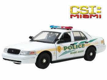 Greenlight 13514 CSI Miami 2003 Ford Crown Victoria Interceptor Police Car 1:18 White