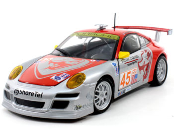 Bburago 18-28002 Porsche 911 GT3 RSR #45 Flying Lizard 1:24 Silver Red
